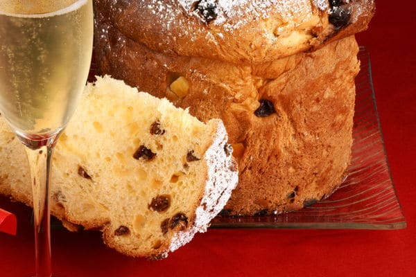 Panettone: the traditional Christmas cake in Italy